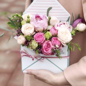 купить цветы в конверте
