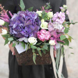 Купить цветочную корзину